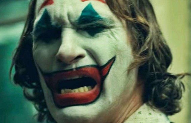Imagen de Joaquin Phoenix en Joker, la película del villano dirigida por Todd Phillips