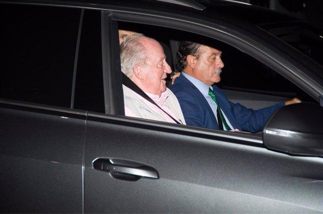El Rey Juan Carlos llega a la Clínica Quirón para ser operado del corazón.