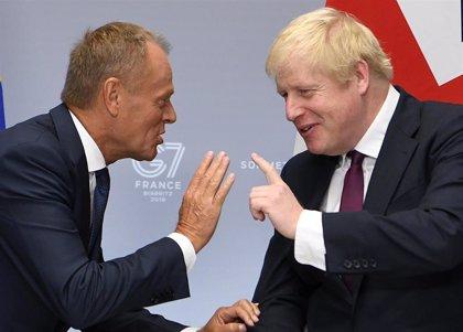 Johnson condiciona sus planes de Brexit a expensas de un difícil acuerdo comercial con EEUU