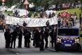 Una nueva manifestación recorre Hendaya para reclamar la puesta en libertad de los detenidos en las protestas por el G7
