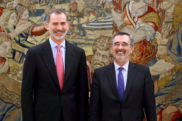 El rey Felipe recibe al presidente del Senado, Manuel Cruz , quien le comunica la composición de la Cámara Alta en la XIII legislatura, este miércoles en el Palacio de La Zarzuela.