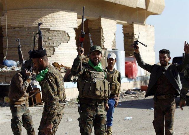 Miembros de las Unidades de Movilización Popular en Irak