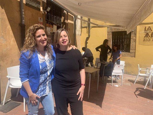 Las candidatas de Somos Oviedo Ana Taboada y Anabel Santiago.