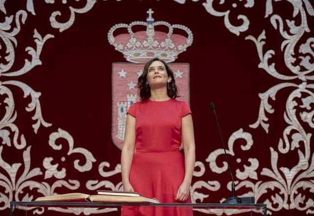 Imagen de archivo de la presidenta Comunidad De Madrid, Isabel Díaz Ayuso, durante su toma de posesión.