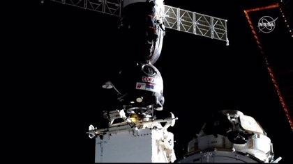 El segundo intento de acoplar la Soyuz con el androide 'Fedor' a la EII se producirá esta madrugada