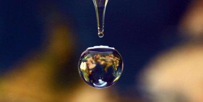 Las microgotas de agua producen peróxido de hidrógeno espontáneamente