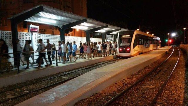 Turismo.- Los servicios nocturnos del TRAM d'Alacant se refuerzan por el Low Festival este fin de semana