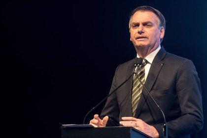 """Brasil.- Bolsonaro dice que solo aceptará la ayuda del G7 si Macron retira sus """"insultos"""" contra él"""