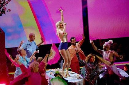 VÍDEO: Taylor Swift presenta su nuevo álbum en los MTV VMAs