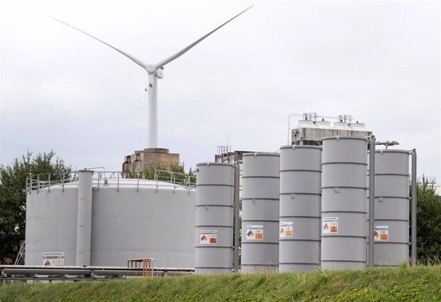 Instalación de la compañía holandesa de producción de gas NAM en Farmsum