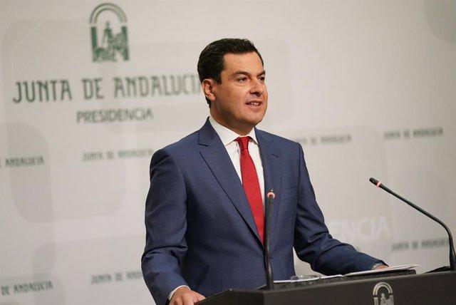 El presidente de la Junta de Andalucía, Juanma Moreno, en una imagen de archivo comparece tras el Consejo de Gobierno