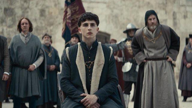 Imagen de Timothée Chalamet en The King, la película de Netflix sobre Enrique V