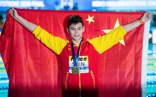 Sun Yang celebra su victoria