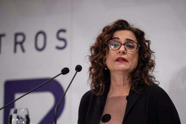 La ministra de Hacienda, María Jesús Montero, participa en un desayuno-coloquio organizado por la cadena SER.