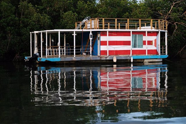 Preparaciones en Puerto Rico ante la llegada de 'Dorian'