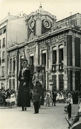 Antiguos Gigantones protagonistas de la Feria de Albacete