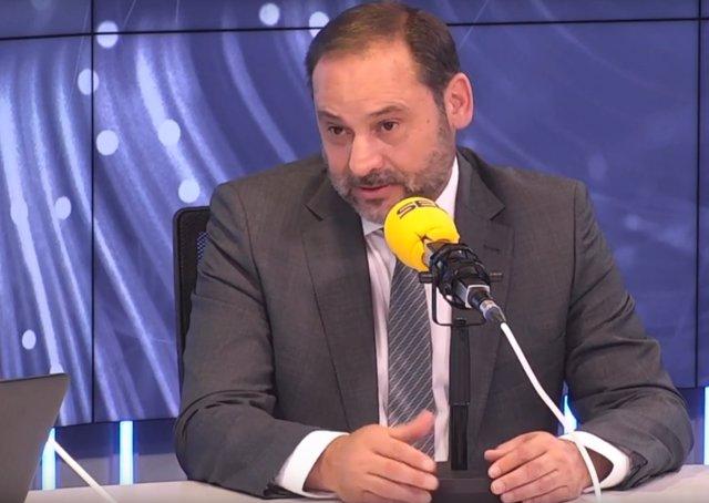 Entrevista en la Cadena SER al ministro de Fomento en funciones, José Luis Ábalo