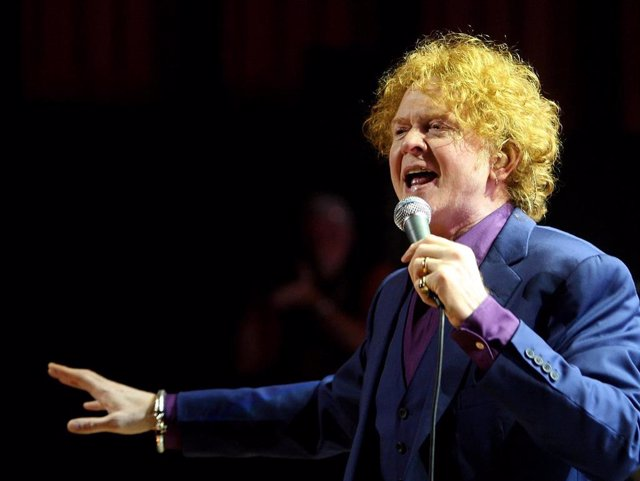Simply Red Play Sydney