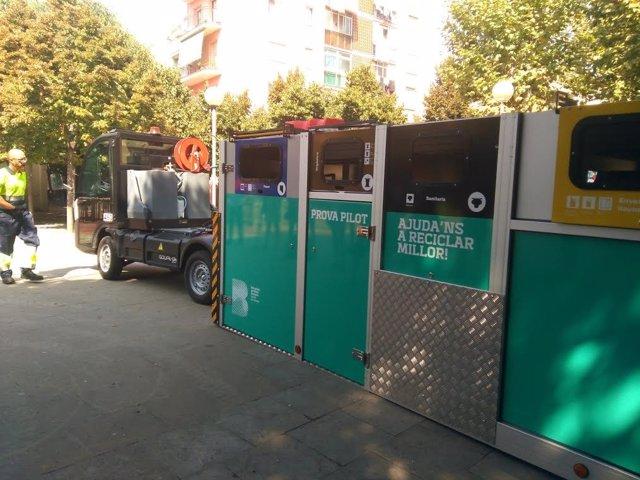 Plataforma móvil de contenedores en el barrio de Bon Pastor de Barcelona