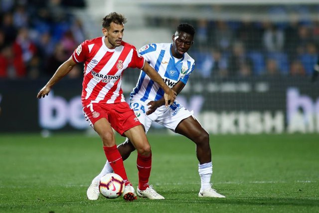 Fútbol.- Stuani amplía su relación con el Girona hasta 2023