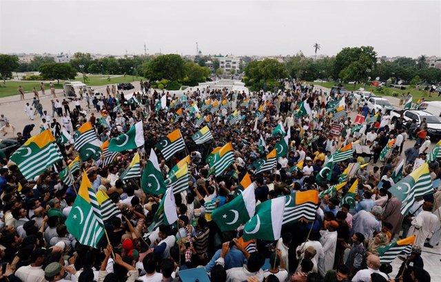 Manifestación en Pakistán por Cachemira