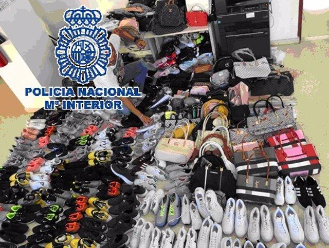 Productos falsificados intervenidas en Benalmádena.