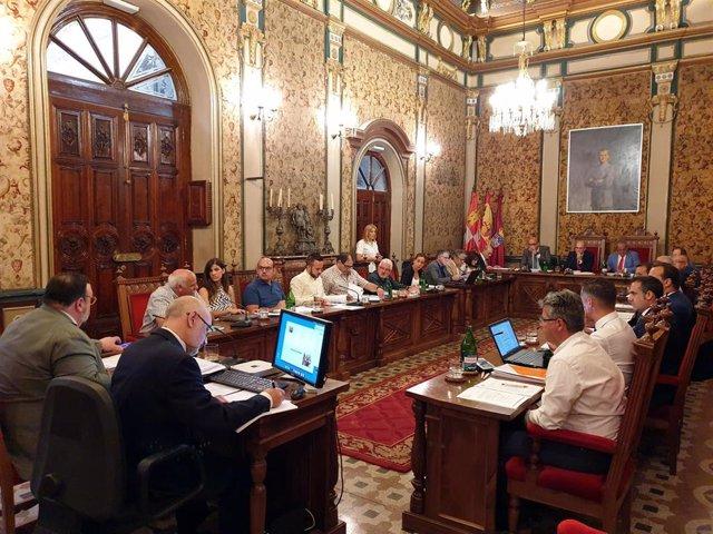 Sesión plenaria en la Diputación de Salamanca.