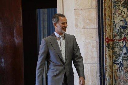 Rey Felipe.- El Rey recibirá la próxima semana de manos de Segarra la Memoria Anual de la Fiscalía General