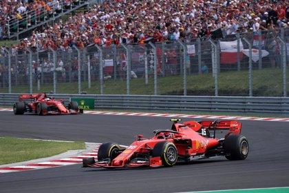 Ferrari aprovecha la irregularidad de Mercedes para liderar los primeros libres en Spa