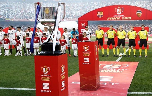Fútbol.- La RFEF saca a concurso los derechos televisivos en España de la Copa d