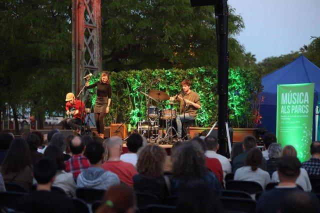 Concert del cicle Música als Parcs a Barcelona.