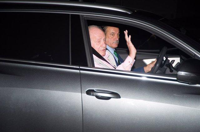 AV.- El Rey Juan Carlos recibe el alta médica y saldrá del hospital en una hora