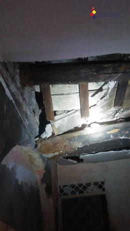 Desperfectos en el edificio desalojado