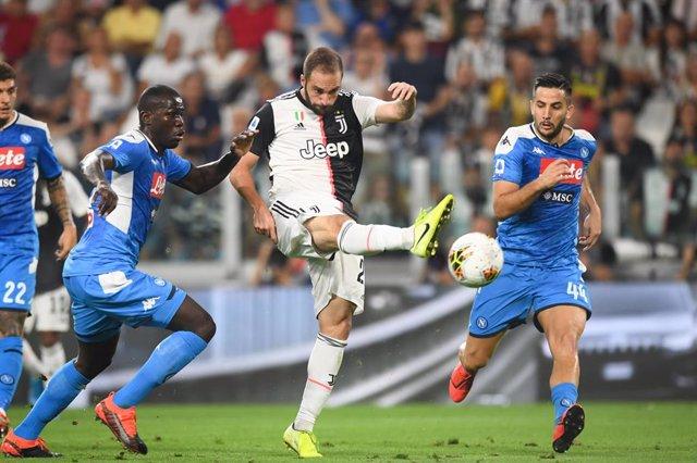Fútbol/Calcio.- (Crónica) Koulibaly regala sin querer una loca victoria a la Juv