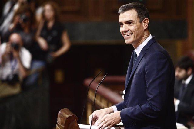 El presidente del Gobierno en funciones,  Pedro Sánchez, ofrece su discurso durante el debate previo a la segunda votación para la investidura del candidato socialista a la Presidencia del Gobierno.