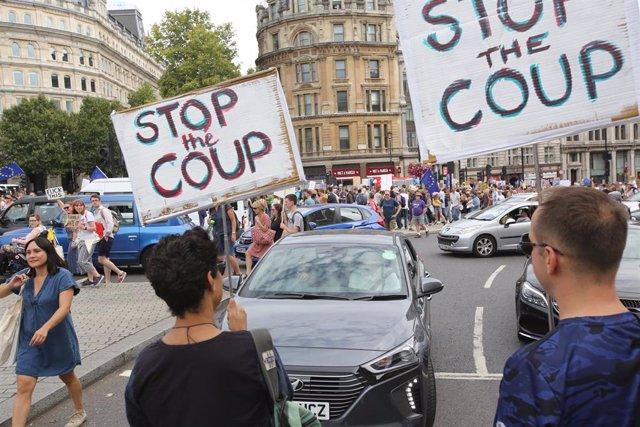 Manifestación contra el cierre del Parlamento británico por el Brexit