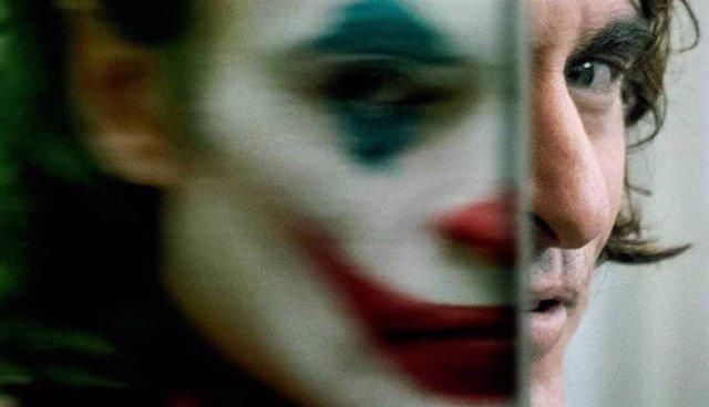 Joaquin Phoenix como Arthur Fleck en Joker, la película de Todd Phillips