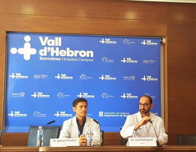 El jefe en funciones del Servicio de Cardiología del Vall d'hebron, el doctor Ignacio Ferreira, y el coordiandor de la Unidad de Imagen Cardiaca del Servicio de Cardiología del Vall d'Hebron, el doctor José Rodríguez