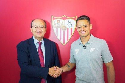Chicharito Hernández refuerza el ataque del Sevilla