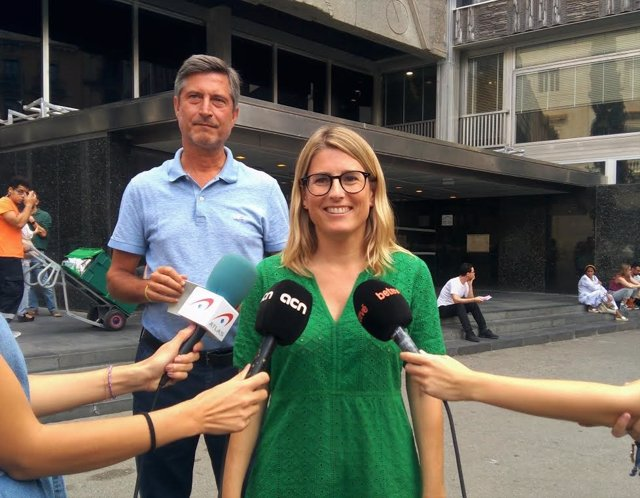 Elsa Artadi i Jordi Martí en declaracions als mitjans