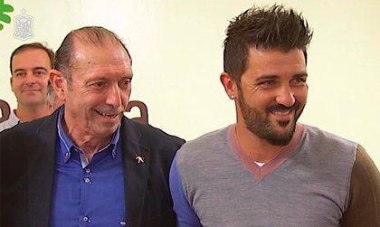 """Villa anima a acudir a El Molinón: """"Quini es una persona que se merece todo"""""""