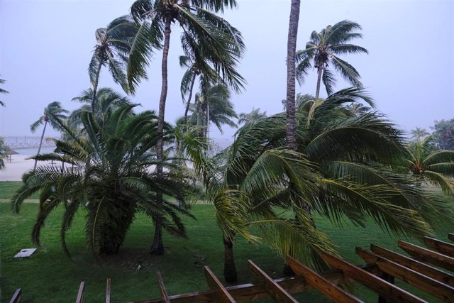 El huracán 'Dorian' antes de tocar tierra en Bahamas.