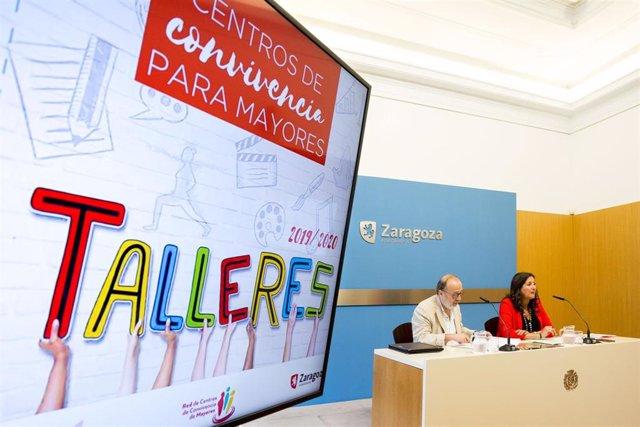 La concejala de Mayores, Paloma Espinosa, y el jefe de la Oficina del Mayor, Javier Viela