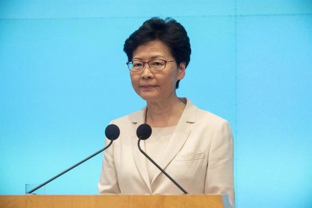 18 de juny de 2019 - Hong Kong, Xina: Carrie Lam parla durant una roda de premsa en la qual va emetre una disculpa personal per va rebutjar retirar la llei d'extradició. (Stephen Boitano/Contacte)