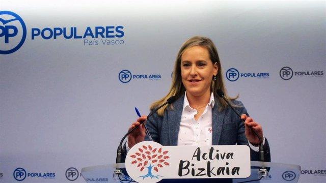 La secretaria general del PP vasco, Amaya Fernández, en rueda de prensa.