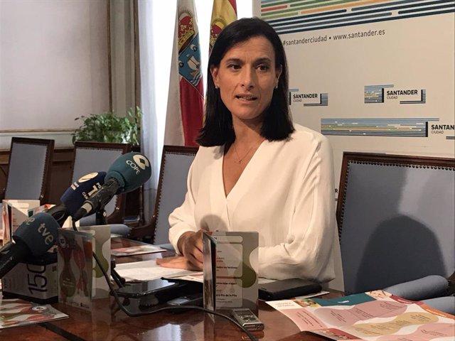La alcaldesa de Santander, Gema Igual, presenta la actividad de las ludotecas municipales para el primer trimestre escolar