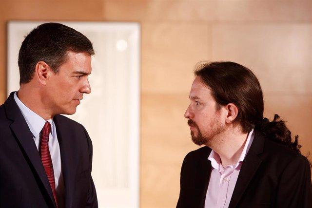 El presidente del Gobierno en funciones, Pedro Sánchez, durante su reunión con el secretario general de Unidas Podemos, Pablo Iglesias, el pasado mes de julio.