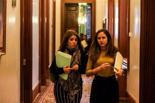 La portaveu del Grup Socialista, Adriana Llastra, i la d'Unides Podem, Irene Belarra
