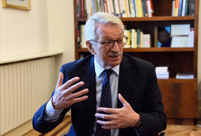 Alejandro Tiana, secretario de Estado de Educación, en su despacho del Ministerio