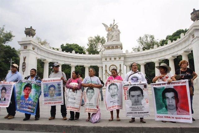 Familiares de los estudiantes de Ayotzinapa desaparecidos